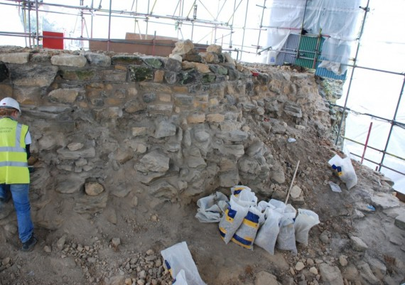 Pontefract Castle, Gascoigne Tower, consolidation of corework